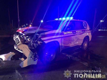 На Житомирщині автомобіль екстренної медичної допомоги потрапив в ДТП