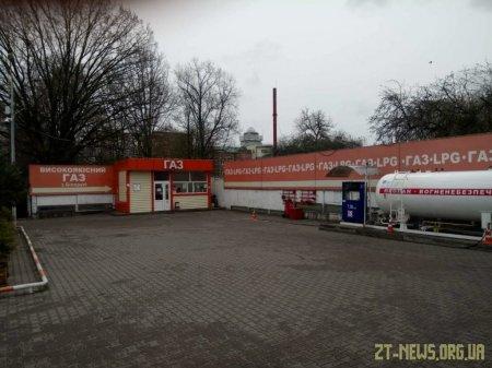 У Житомирі безкоштовно заправляють автомобілі екстреної допомоги