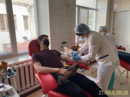 У Житомирському обласному центрі крові зменшилась кількість донорів