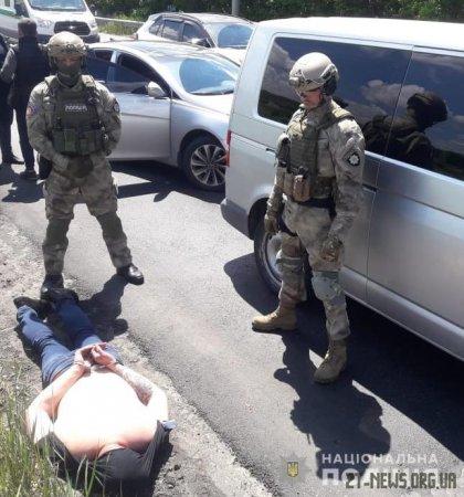Житомирські оперативники затримали міжрегіональну групу угонщиків престижних авто