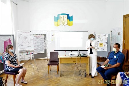 Ще дві групи кандидатів у прийомні батьки пройшли навчання у Житомирі