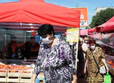 У Житомирі тривають виїзні перевірки дотримання протиепідемічних заходів