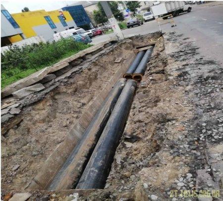 На Малій Бердичівській у Житомирі тривають роботи з реконструкції теплових мереж