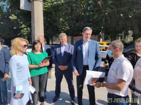 У Житомирській області з робочою поїздкою перебуває Міністр розвитку громад і територій України Олексій Чернишов