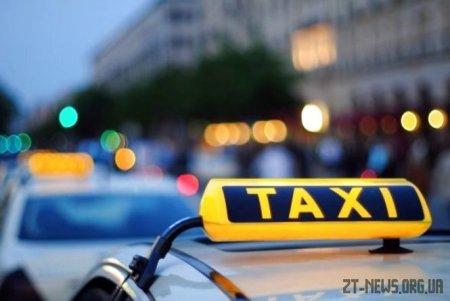 У Житомирі патрульні зупинили таксиста, який перебував під дією наркотиків