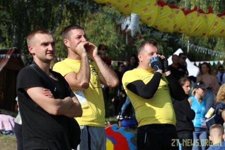 В Житомирі вперше відбувся чемпіонат України з веслування на човнах «Дракон»
