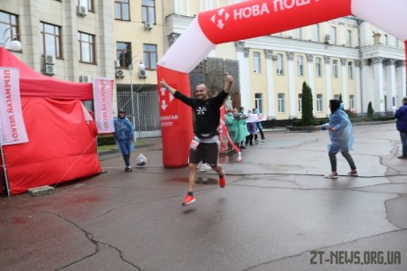 Спортивні вихідні у Житомирі - ярмарок спорту, фітнес день та Космічний Нова Пошта Напівмарафон