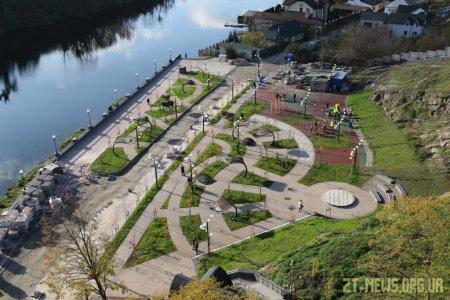 Реконструкція набережної річки Тетерів триває
