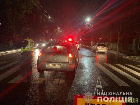 У Житомирі під колеса авто потрапила жінка-пішохід