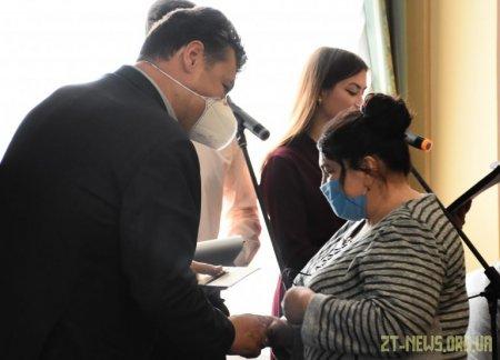 25 жінок Житомирщини отримали почесне звання «Мати-героїня»
