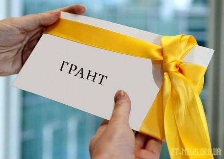 У Житомирі визначено переможців конкурсу проєктів на отримання грантів для обдарованої молоді