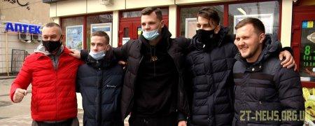 Житомирські кікбоксери привезли з Чемпіонату України комплект медалей