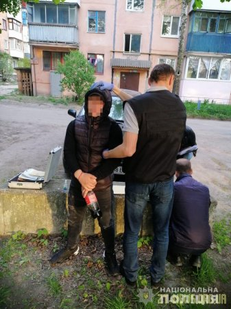 У Коростені закладчику метадону з Черкащини оголошено про підозру у кримінальних діяннях