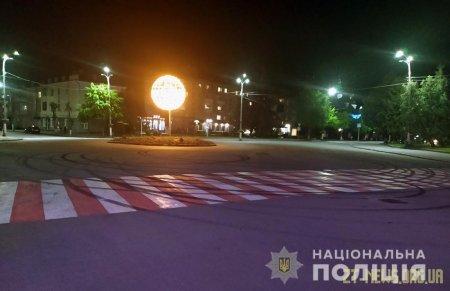 За нічний дрифт у Новограді-Волинському затримали керманича BMW