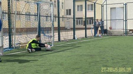 20 дітей з інвалідністю вперше пограли у міні-футбол