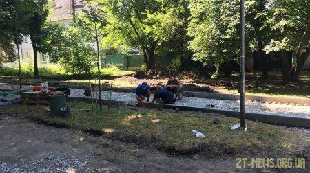 Розпочато реконструкцію скверу на майдані Путятинському