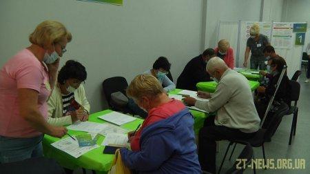 Центр вакцинації у Житомирі запрацював за новою адресою
