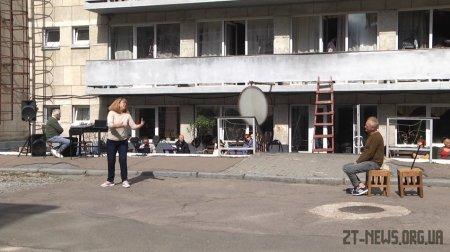 Житомирський драмтеатр відкриє новий сезон виставою, яка йтиме на вулиці одразу в кількох локаціях