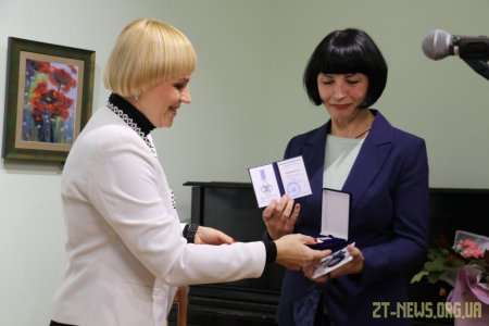Житомирська художниця отримала нагороду «За заслуги перед містом Житомиром III cтупеня»